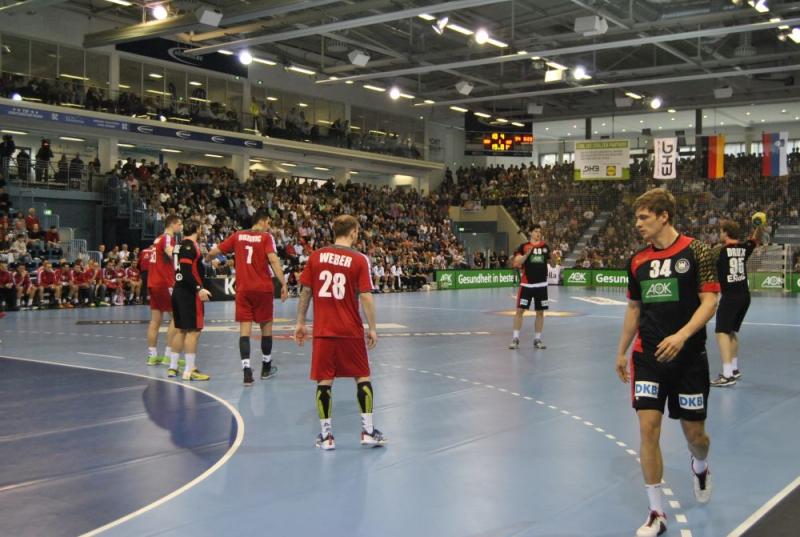 Deutschland-Oesterreich-Schwalbe-Arena-Gummersbach_018