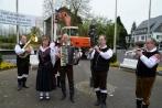 maibaumsetzennuembrecht30-04-2013021