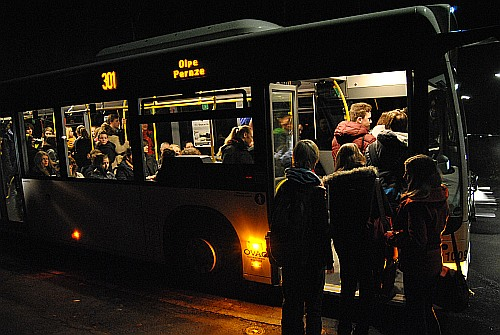 Photo of Linie 301: Neuer Schülertarif soll Buslinie retten