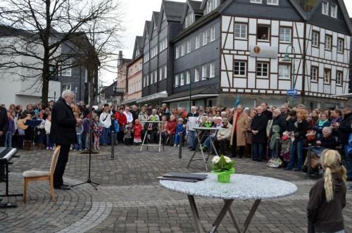 Werner Schenk und Zuschauer