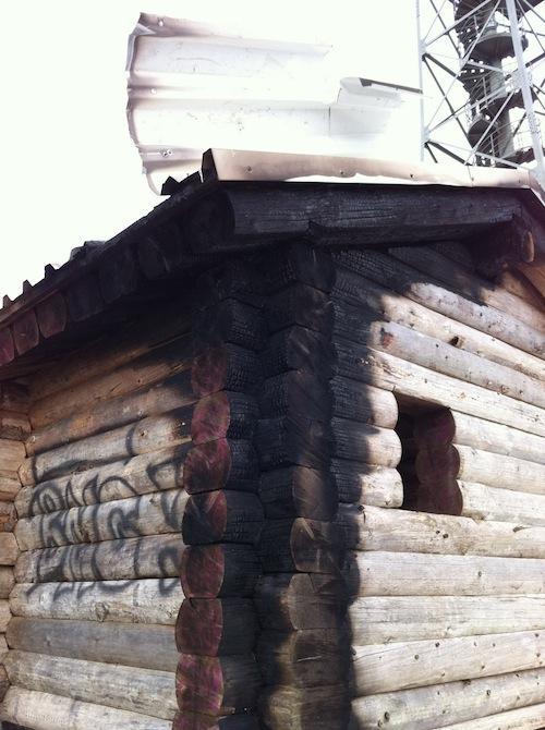 Die Schutzhütte wurde stark beschädigt - Foto: Heimatverein Morsbach e.V.