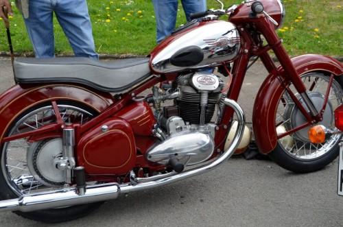 Ein altes Jawa Motorrad