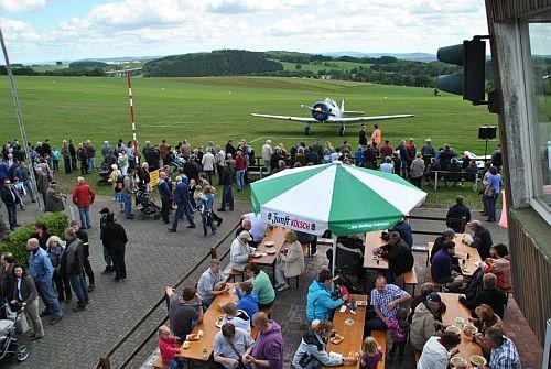 13-06-21flugplatzfest1