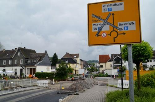 Baustelle des neuen Wiehler Busbahnhofs / Text und Bilder : Uwe Schlegelmilch