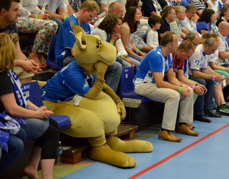 Photo of Danke THW Kiel: Gummersbach bleibt erstklassig