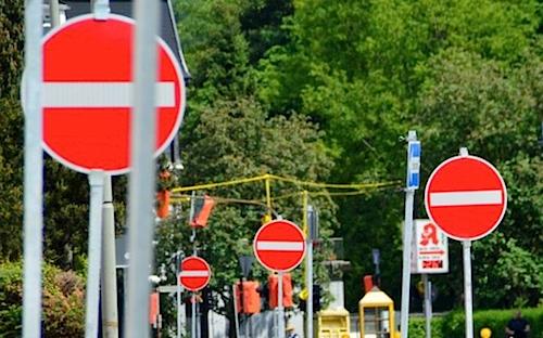 Photo of Einbahnstraßenregelung an der Bever-Talsperre