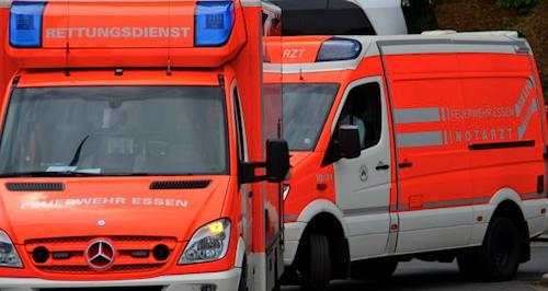 Photo of Autos auf trockenen Wiesen: Brandgefahr