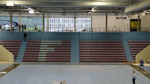 Der VfL Fanbereich - die Ferchautribüne