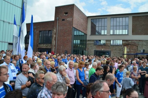 Zuschauer Eröffnung der neuen Schwalbe Arena