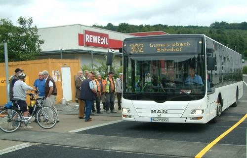 Auch der Busverkehr fügt sich nun einer neuen Route. Foto: Klein