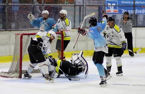 Spannende Spiele und viele Tore gab es am Wochenende in Wiehl zu sehen. Foto: Sascha Hirsch