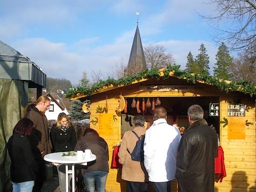 Der Weihnachtsmarkt in Marienhagen - Fotos: Heimat- und Verschönerungsverein Marienhagen/Pergenroth e.V.