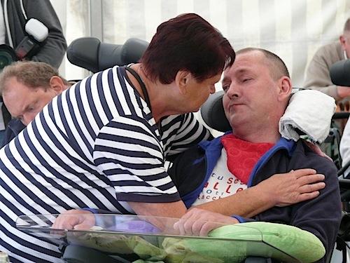 Photo of Sommerfest in Haus Ilona: Patienten im Wachkoma gehören mitten ins Leben