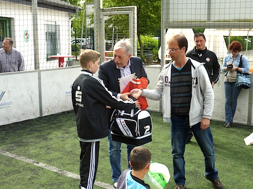 Photo of Fußballturnier mit internationaler Beteiligung