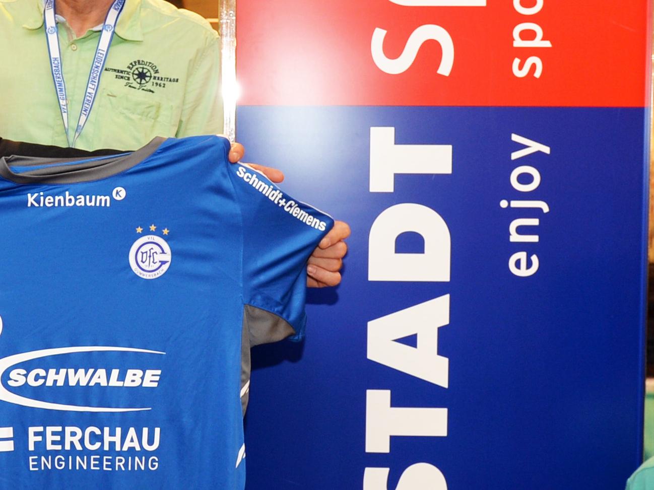 Photo of Neuer Fanshop des VfL im Karstadt wird eröffnet