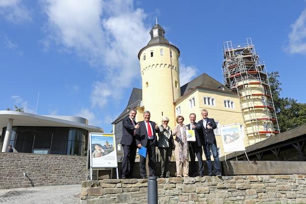 """Photo of """"das ba-rockt !"""": Der Kreis eröffnet Schloss Homburg mit Festwoche"""