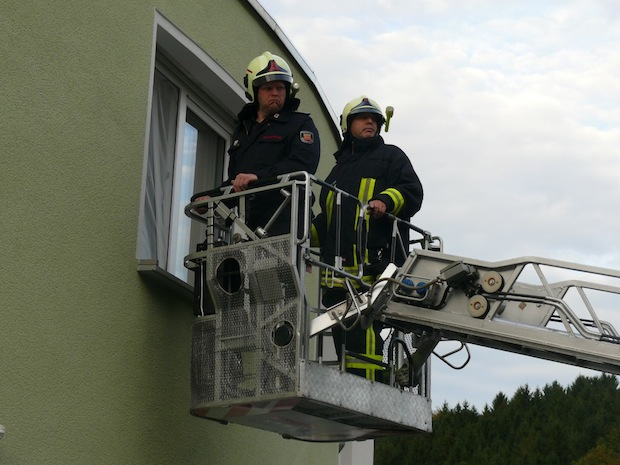 """Photo of Feuerwehr am Steilhang bei """"Patienten im Wachkoma"""" im Einsatz"""