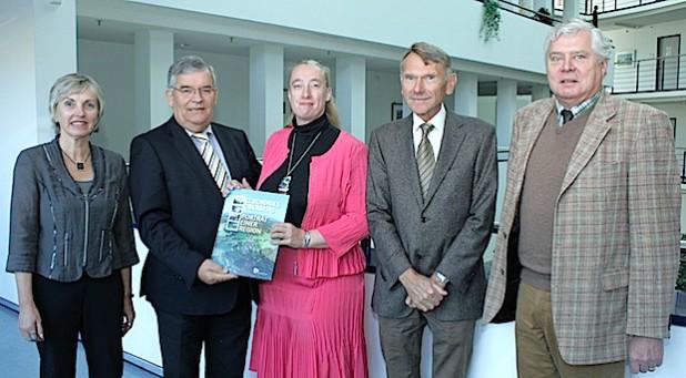 Antrittsbesuch im Kreishaus (v.l.n.r.): Anke Koester, Hagen Jobi, Sylvia Wimmershoff, Andreas Blank, Dr. Jorg Nürmberger (Foto:OBK)