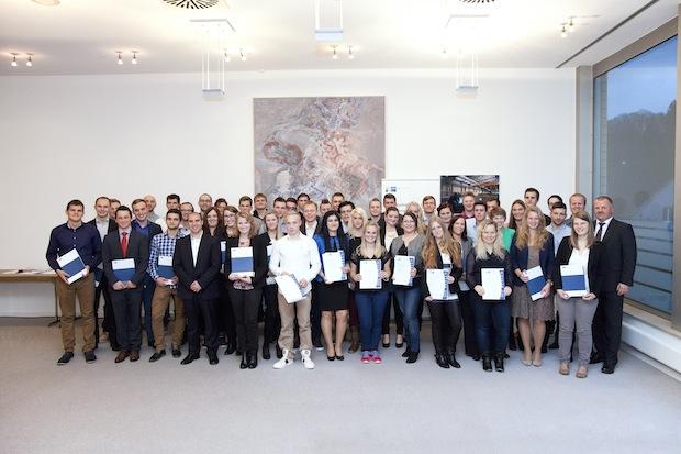Photo of IHK Köln ehrt die 54 besten Azubis aus Oberberg