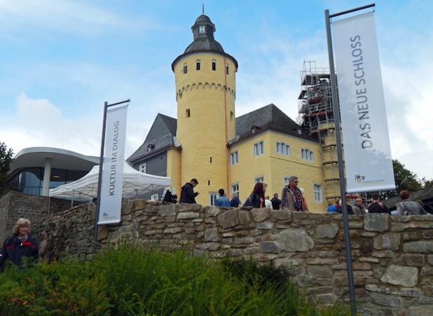 Bald als Hingucker an der Autobahn: Schloss Homburg soll mit Hinweisschildern auf der A 4 als touristisches Ausflugsziel präsentiert werden und noch mehr Besucher anlocken (Foto:OBK).