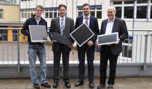 Schmidt + Clemens unterstützt Schule in Gummersbach