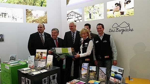 Photo of Das Bergische Land präsentiert seine Wander- und Freizeitangebote auf der ITB in Berlin