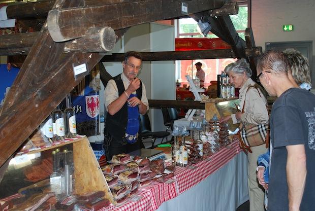 Photo of Genuss-Meile in der Alten Drahtzieherei mit Streetfood-Festival auf dem Hausmannsplatz
