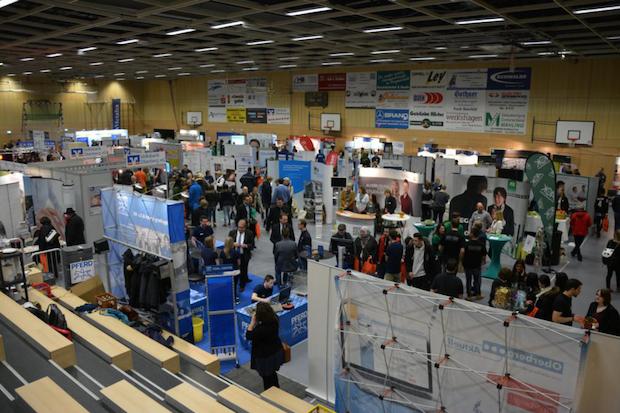 Photo of Erfolgreiche Ausbildungsbörse für Moment:Talent! und Handballakademie