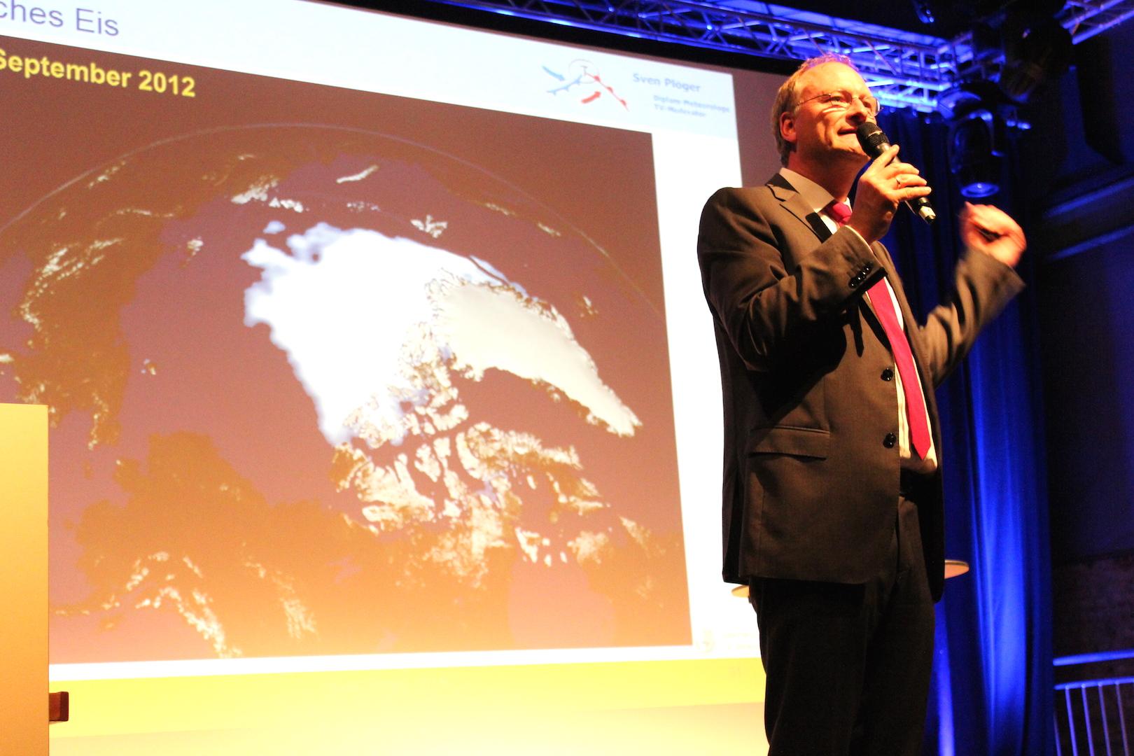 Sven Plöger zeigte den massiven Eisrückgang am Nordpol. Fotos: Sven Oliver Rüsche (sor)