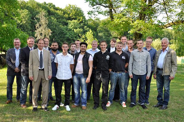 Photo of Baugewerksinnung Bergisches Land freute sich über 47 neue Fachkräfte im Handwerk