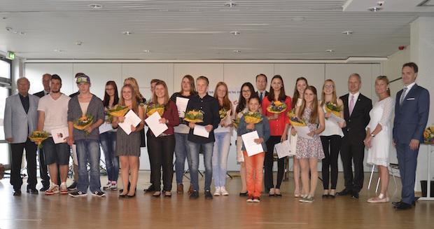 Photo of Holz-Richter ist Sponsor des Schülerpreises 2015