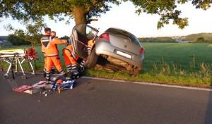 Radevormwald: Fahrer bei Alleinunfall schwer verletzt