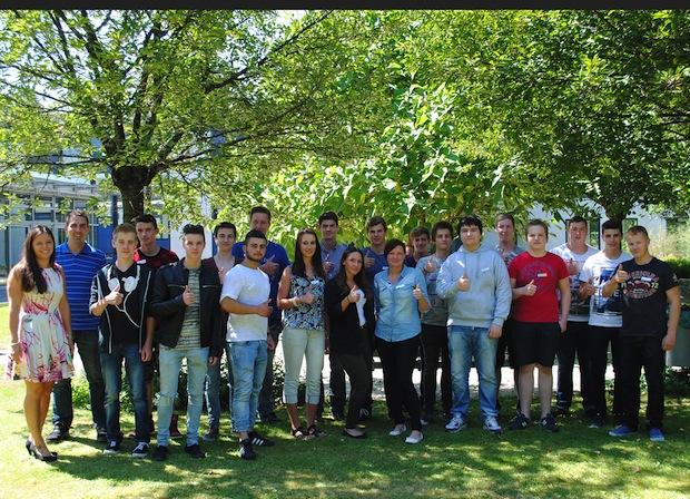 Photo of Begeistert in das Berufsleben Die SIEGENIA GRUPPE startet ins Ausbildungsjahr 2015