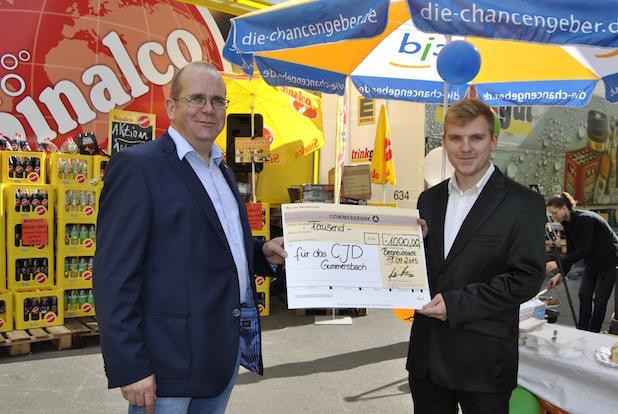 Photo of Große Spendenaktion bei Trinkgut Getränkefachhandel in Bergneustadt