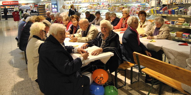 Photo of Seniorenbingo im REWE-Markt Bergneustadt