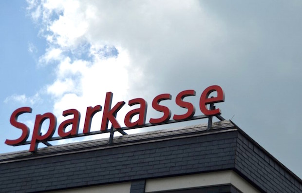 Photo of Marienheide: Kreisparkasse Köln übergibt Scheck für neuen Wärmeausgabewagen