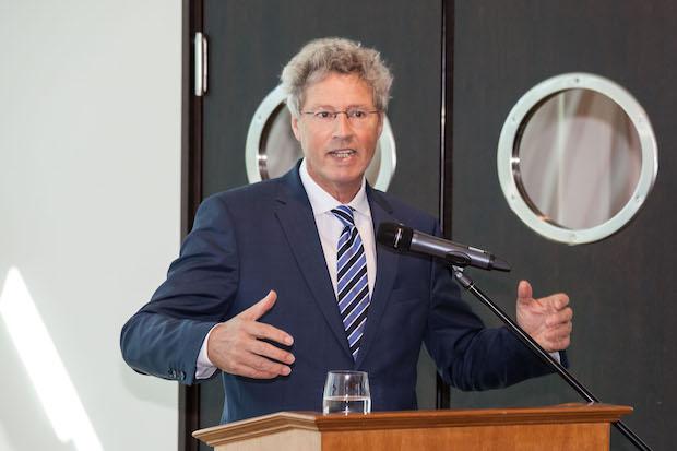 Photo of Flosbach mit Mittelstandspreis ausgezeichnet