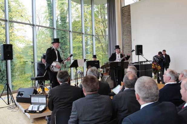 """Die """"Original Oberbergische Dampfkapelle"""" sorgte für musikalische Unterhaltung"""