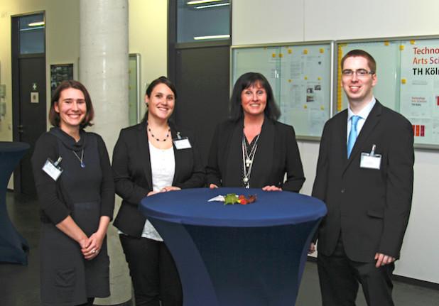 Das Mentoring-Team (v.l.n.r.): Daniela Otto, Jana Tessmer, Prof. Dr. Gabriele Koeppe und Ludger Schönfeld (Foto: Manfred Stern/TH Köln)