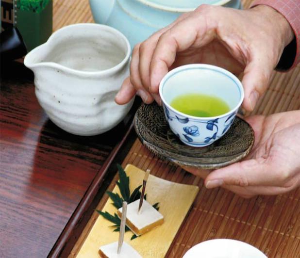 Grünteesorten gibt es in den unterschiedlichsten Qualitätsstufen. Foto: djd/Teaworld/Keiko