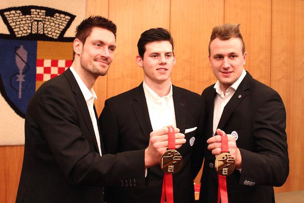 Photo of VfL-Handballer im Rathaus Gummersbach empfangen und geehrt
