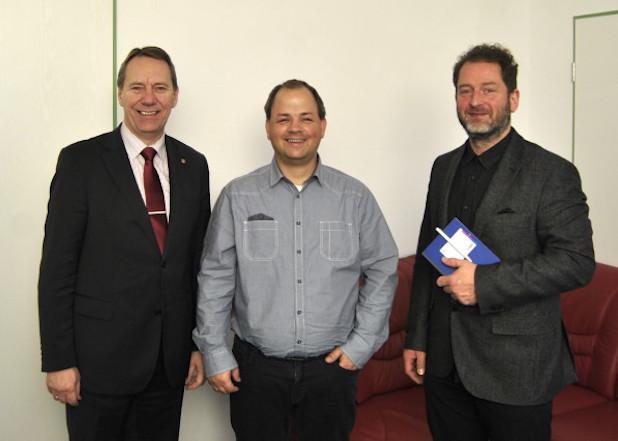 Landrat Jochen Hagt, Sven Oliver Rüsche und Philipp Ising (ARKM Archivbild).