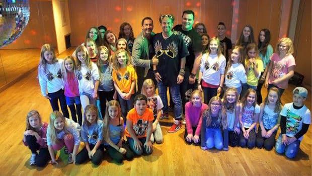 Photo of Little Chicas & Friends der Engelskirchener ADTV Tanzschule Kasel beim Videodreh