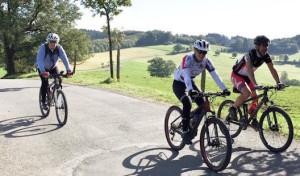 Reichshof: Terminhinweis – Geführte Wanderungen und Radtouren im April