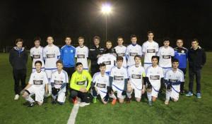 FC Wiedenest-Othetal: Autoservice-Hammer kleidet B-Jugend ein