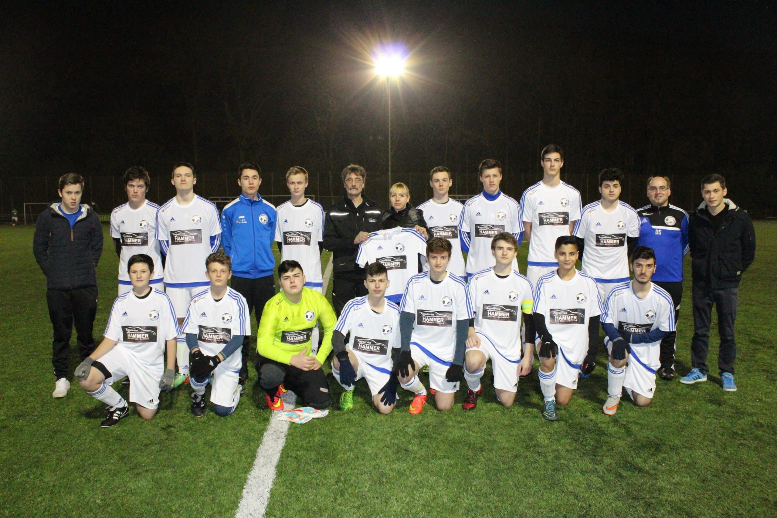 Photo of FC Wiedenest-Othetal: Autoservice-Hammer kleidet B-Jugend ein