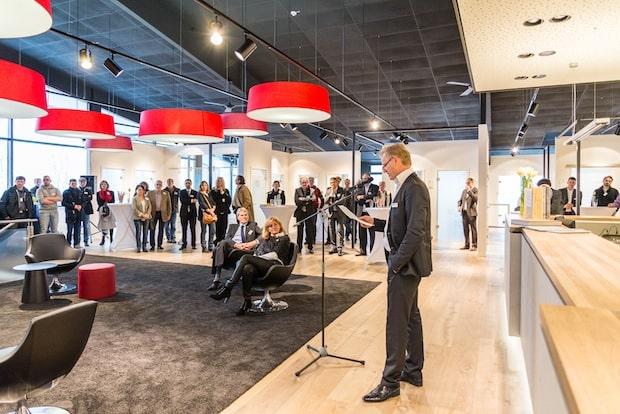 Photo of Lindlar: Neue Türenausstellung eröffnet