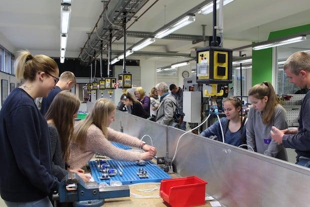 Photo of BPW Wiehl bietet Schülerinnen und Schülern Einblicke in die Arbeitswelt