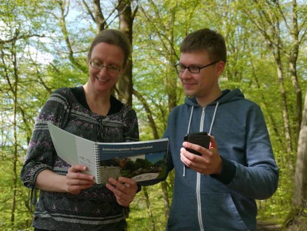 Naturerleben mit App und Reiseführer (Fotograf: BSO)