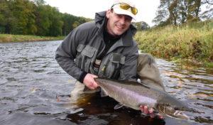 Nümbrecht: Fliegenfischen im Oberbergischen